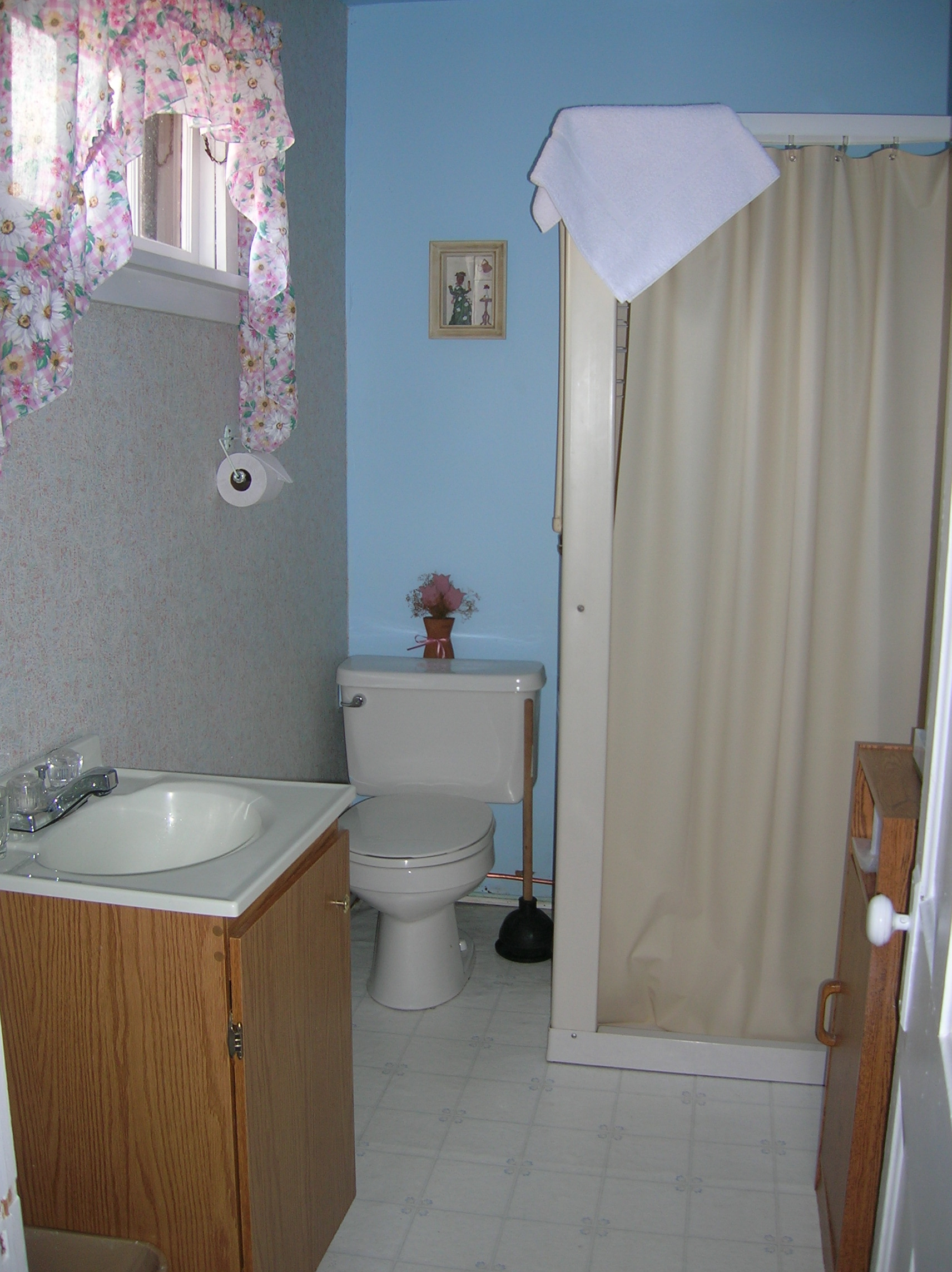 Unit5Bathroom