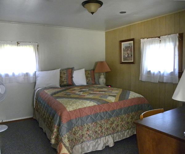 cabin_2_bedroom